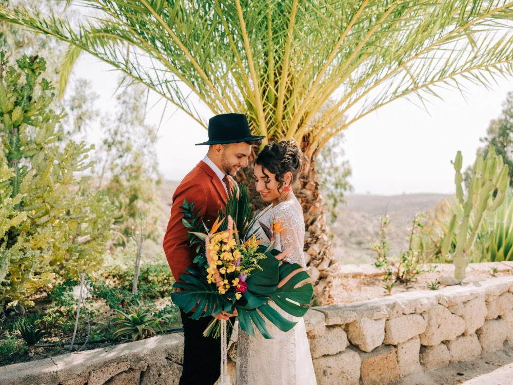 Bruidskapsel en Bruidsmake-up Buitenland